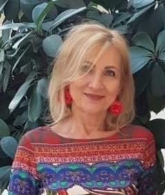 Dr. Juhász Éva